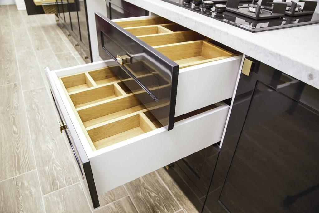 mutfak kaşıklık çekmecesi